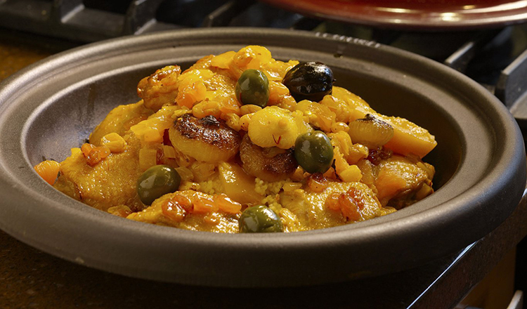Chicken Tagine with Apricots and Golden Raisins