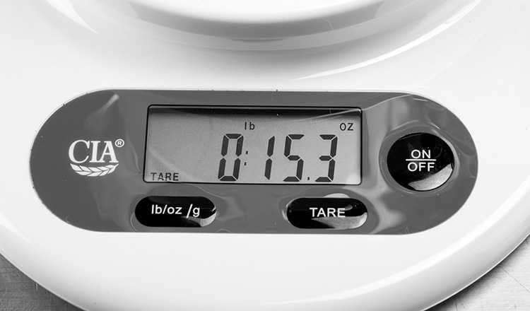 Kitchen scale display