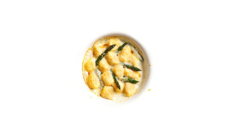 Baked smoked salmon gnocchi with asparagus