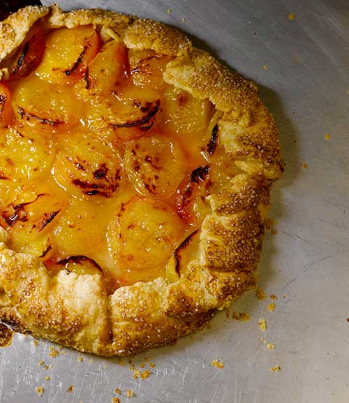 Apricot free-form tart